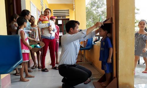 Suy dinh dưỡng ở trẻ em: Thách thức và giải pháp