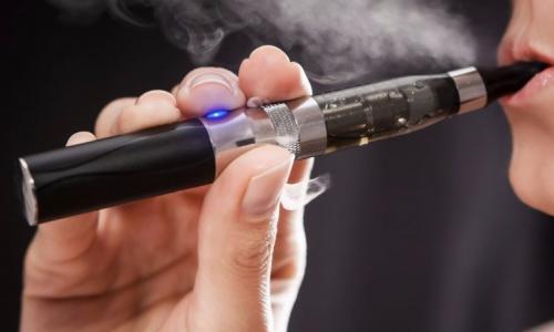 Thuốc lá điện tử làm tăng nguy cơ hút thuốc ở thanh thiếu niên