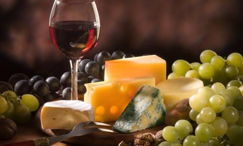 Lợi ích đối với sức khỏe của rượu sâm banh