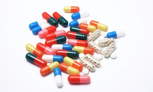 Thuốc cảm cúm được mua nhiều trong mùa dịch