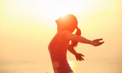 Sống khỏe nhờ lạc quan và... yêu thơ