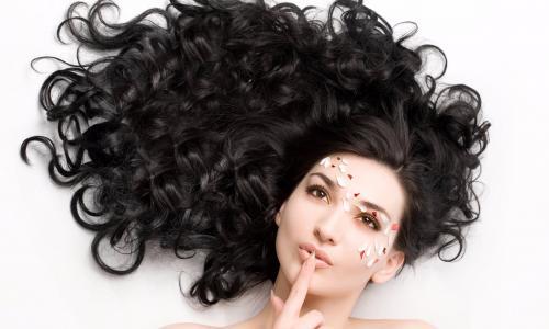 Chế độ ăn trị gàu cho tóc và da đầu