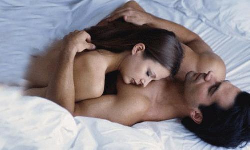 Khó tính, khó ngủ... vì thiếu sex