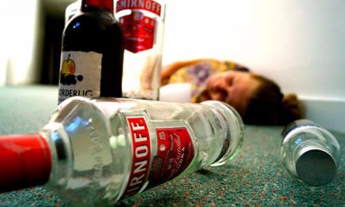 Khổ vì thuốc và rượu