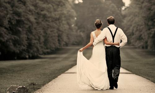 Duy trì ngọn lửa đam mê trong đời sống vợ chồng