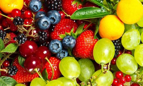 Làn da trắng trẻo, mịn màng hết mụn nhờ các loại hoa quả