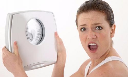 4 lỗi từ giấc ngủ khiến bạn tăng cân