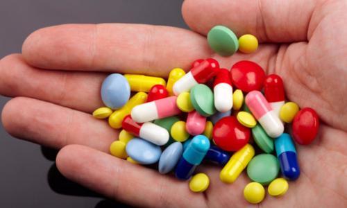 Dùng thuốc cho trẻ em: sai một, hại mười