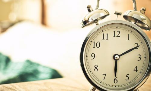 5 điều nên tránh mỗi sớm mai thức dậy