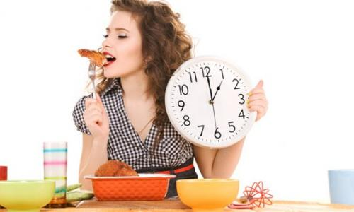 Tại sao phải ăn uống đúng giờ?