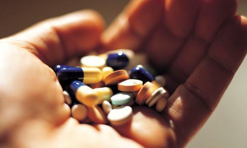 Thuốc kháng viêm gây giảm hệ miễn dịch thế nào?