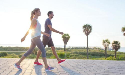 Đi bộ nhanh là cách hiệu quả để giảm nguy cơ bệnh tim