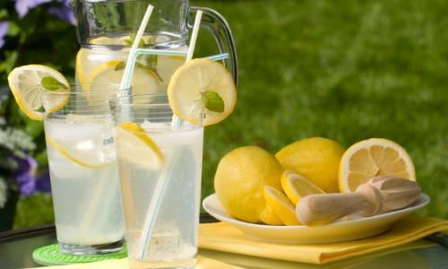 Uống gì vào buổi sáng để tốt cho sức khỏe?