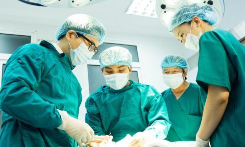 4 giờ phẫu thuật nội soi