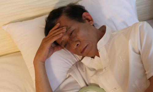 Chữa chứng mất ngủ ở người cao tuổi