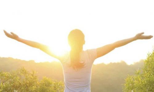 Mùa hè có cần bổ sung vitamin D cho trẻ?