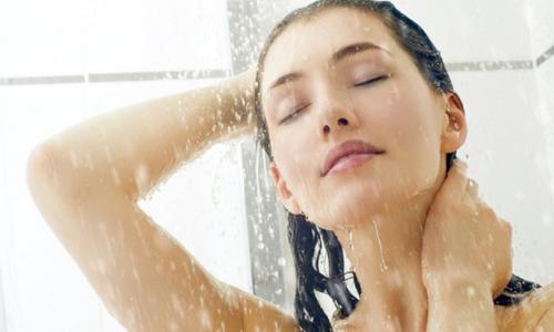 11 lợi ích tuyệt vời của tắm nước lạnh
