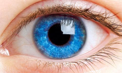 Những thói quen xấu có thể làm tổn hại mắt