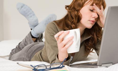 Những thói quen hàng ngày có thể rút kiệt năng lượng