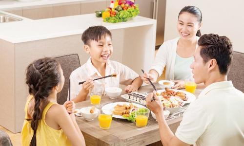 Bữa ăn sáng tại gia đình