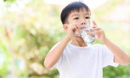 Những vấn đề sức khỏe thường gặp ở trẻ ngày nắng nóng