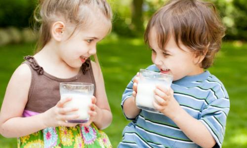 5 cách đối phó với ban nhiệt ở trẻ vào mùa hè