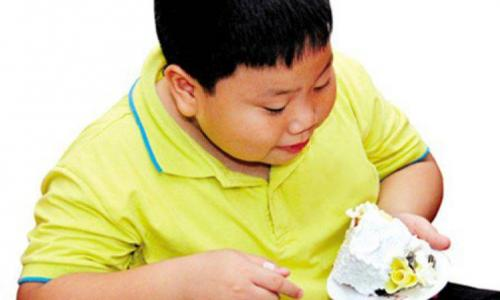 Cảnh giác với trẻ mắc tiêu chảy mùa nắng nóng
