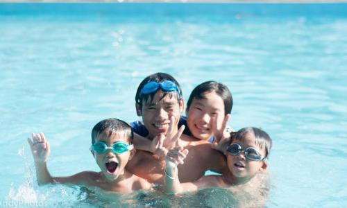 Cách phòng ngừa tai nạn ngày hè cho trẻ