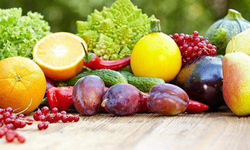 Ngộ độc thực phẩm mùa hè: Làm sao tránh?