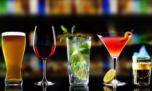Không dùng Alphachymotripsin với các thức uống có cồn