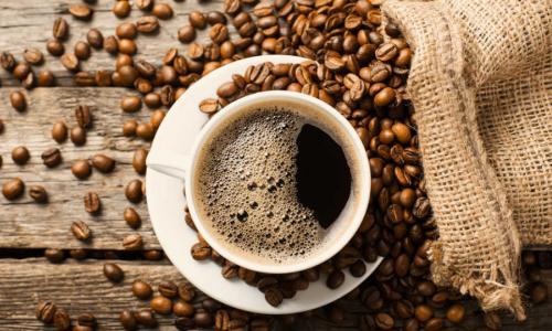 Caffein ảnh hưởng thế nào đến huyết áp?