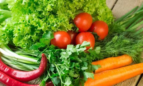 Giảm ung thư vú tới 21% nhờ ăn một khẩu phần rau mỗi ngày