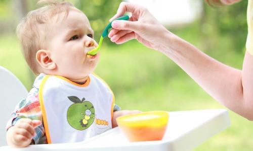 Chăm sóc trẻ kém hấp thu như thế nào?