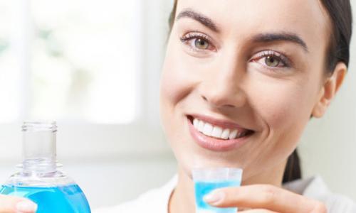 Sử dụng dung dịch súc miệng thế nào cho an toàn?