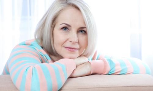 Vitamin và tác dụng phòng ngừa cảm lạnh ở người cao tuổi
