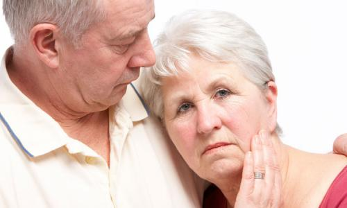 Phòng ngừa bệnh ngoài da mùa hanh khô ở người cao tuổi