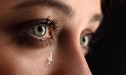 Chảy nước mắt khi giao tiếp, khắc phục thế nào?