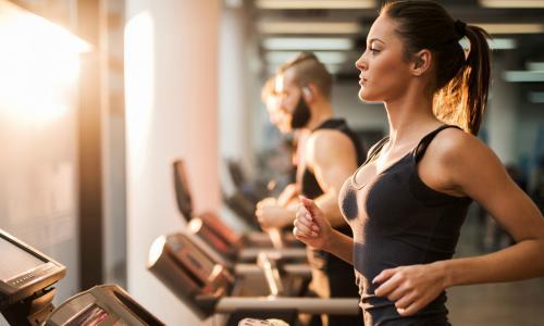 Ăn uống gì để phát triển cơ bắp khi tập gym?