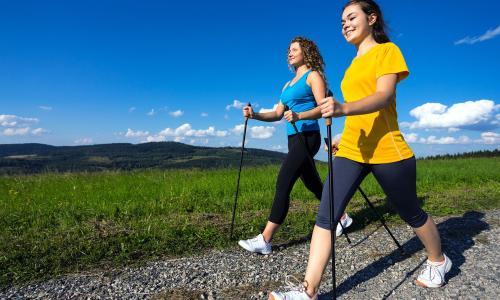 Gai gót chân có nên đi bộ nhiều?