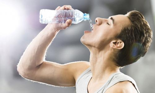 Khát nước nhiều có phải là bệnh?