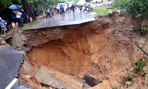 Y tế Lai Châu tiếp cận vùng sạt lở Phong Thổ