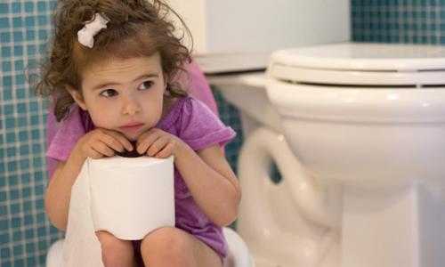 Táo bón - bệnh tiêu hóa phổ biến ở trẻ em