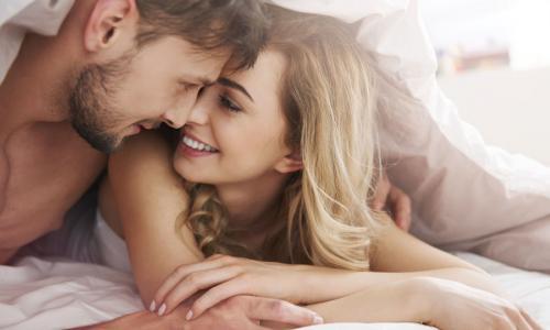 Chiều cao và cân nặng có tính quyết định tới số bạn tình?