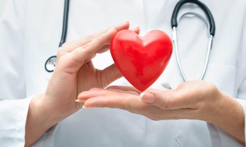 Đặt máy tạo nhịp 2 tim buồng cứu sống cụ ông 90 tuổi