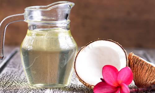 Người bệnh tiểu đường có nên dùng dầu dừa?