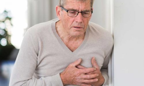 Những sai lầm trong chăm sóc sức khỏe tại nhà sau tai biến
