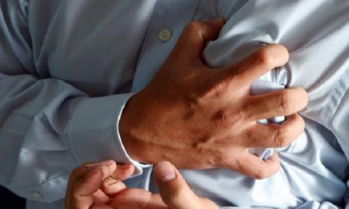 Cần làm gì khi bị đau thắt ngực?