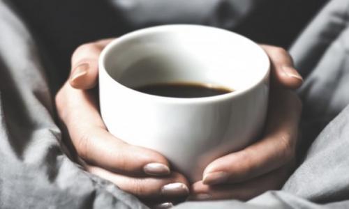 Dùng glucosamin có được uống cà phê?