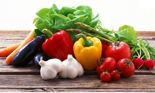 Chọn thực phẩm lợi cho người có HIV/AIDS