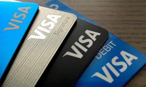 Trục xuất các trường hợp lợi dụng visa du lịch vào Việt Nam làm du lịch bất hợp pháp